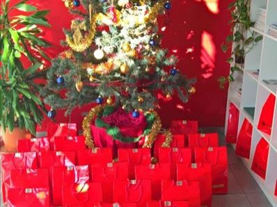 Deve forse arrivare Natale? Guardando...